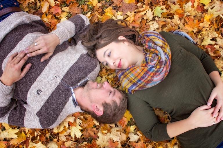 Lindsey & Dan Fall (9)